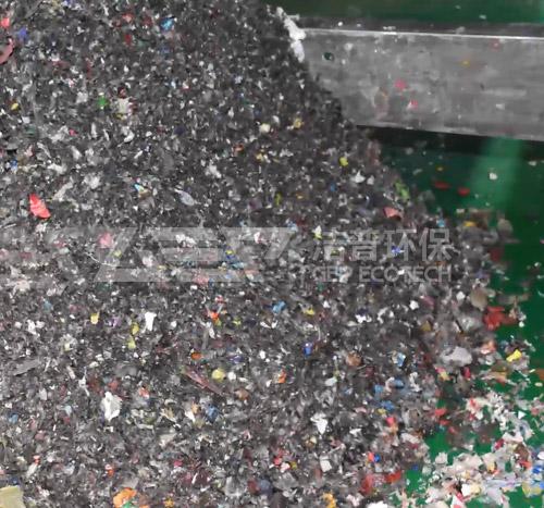 单轴生活垃圾撕碎机试机-单轴破碎