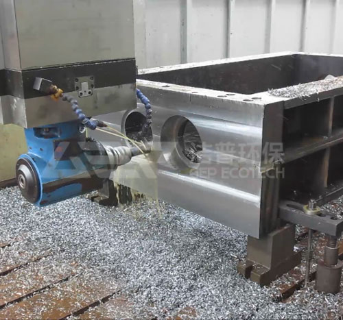 双轴剪切式破碎机GDS6E刀箱加工视频